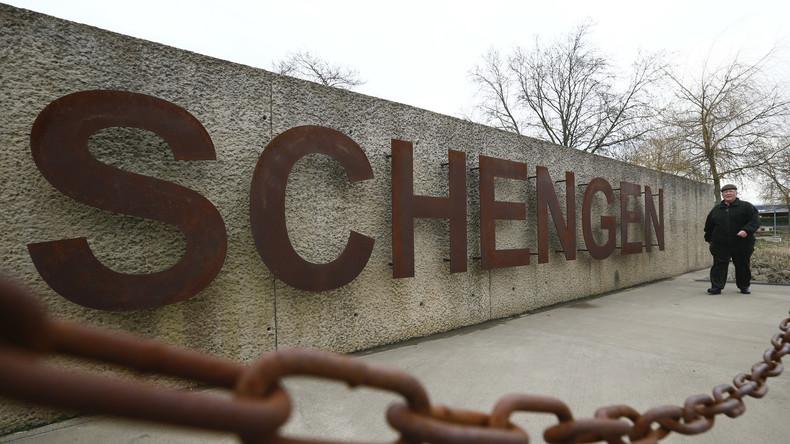 ACI: Hunderte Millionen Euro für Flughafenumbau nötig, wenn Schengen-Raum auseinanderbricht