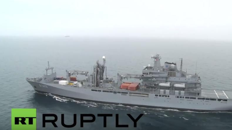 NATO-Schiffe überwachen Mittelmeer wegen Flüchtlingskrise – Deutsches Flaggschiff ist auch dabei