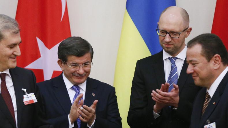Militärabkommen zwischen Ankara und Kiew: Vorerst werden nur gebrauchte Uniformen geliefert