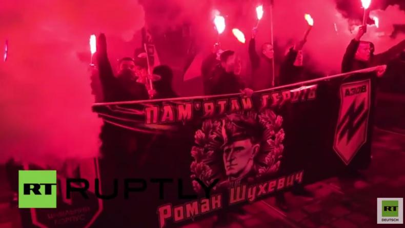 Ukraine: Rechtsradikale des Asow-Battalions veranstalten Gedenkmarsch für UPA-General Schuchewytsch