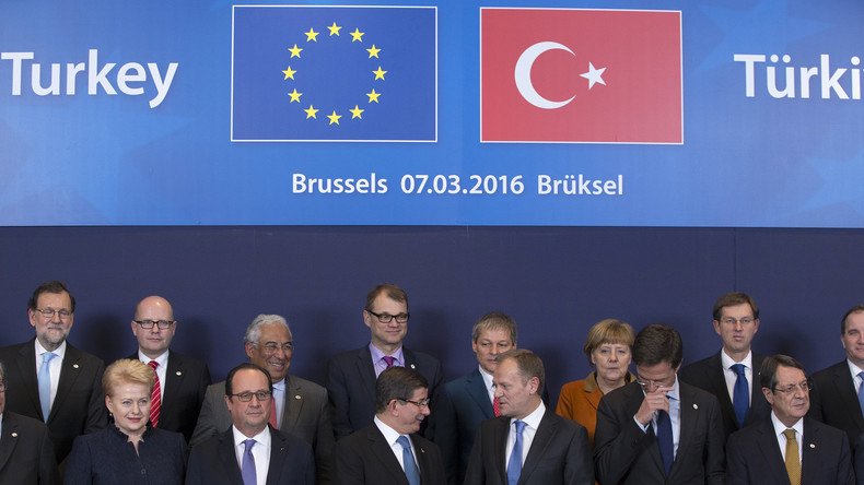 """Flüchtlingskrise: EU-Politiker kritisieren Geld-Forderungen der Türkei - """"Geld besser einsetzen"""""""