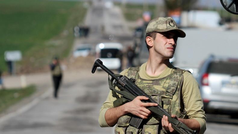 """Amnesty International: """"Die Türkei schießt regelmäßig auf syrische Flüchtlinge an der Grenze"""""""