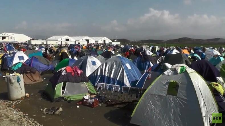 Live aus Idomeni an griechisch-mazedonischer Grenze: Rund 13.000 Flüchtlinge hoffen auf Grenzöffnung