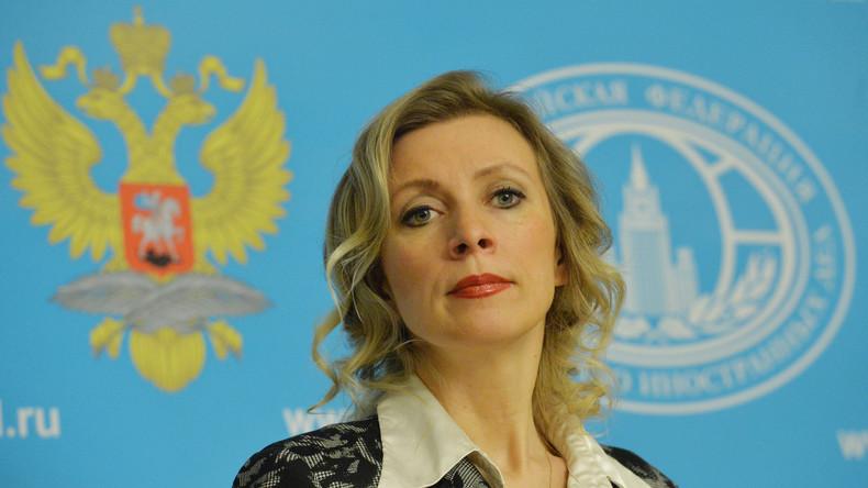 """Sacharowa: """"Kerry weiß, dass das Minsker-Abkommen kein Wort über Sawtschenko enthält"""""""