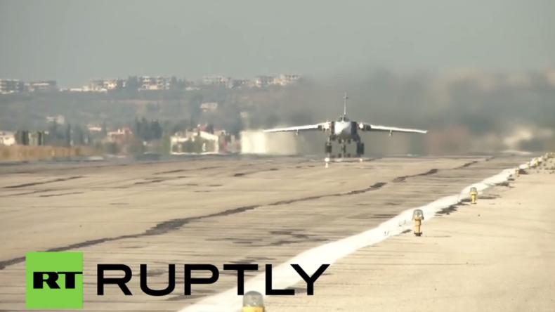 Hmeimim-Luftwaffenstützpunkt in Syrien: Russland beginnt mit Truppen-Rückzug