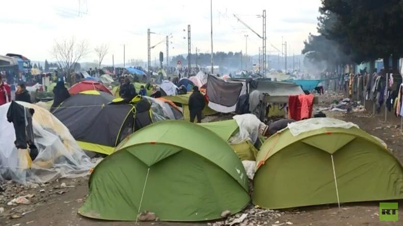 Live: Idomeni-Flüchtlingscamp - kommt nach Nuland und Blüm jetzt Angelina Jolie zu Besuch?!