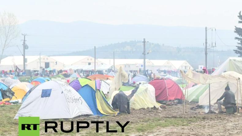 Live aus Idomeni: Noch immer hoffen Tausende auf Grenzöffnung