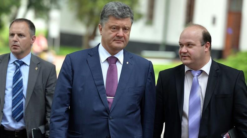 Mitte: Petro Poroschenko, Präsident der Ukraine Rechts: Waleri Chaly, Ukrainischer Botschafter in den USA