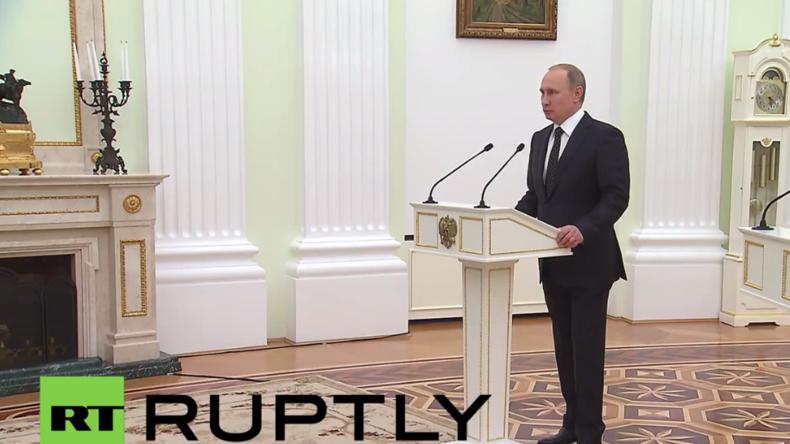 Live: Russlands Präsident Putin verleiht Auszeichnungen an russische Soldaten für Syrien-Einsatz
