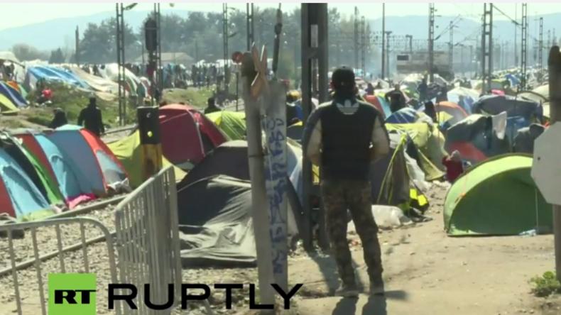 Live aus Idomeni: Einen Tag nach dem EU-Türkei-Gipfel und der Gewissheit, dass die Grenze zu bleibt