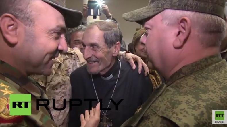 """Syrien-Hilfsgüterverteilung: """"Wir in Syrien sehen Russland als Freund - Wir danken Putin und Lawrow"""""""