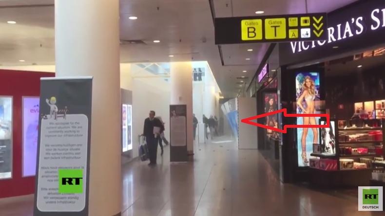 Erste Bilder nach dem Anschlag im Zaventem-Flughafen in Brüssel - Menschen fliehen in Panik