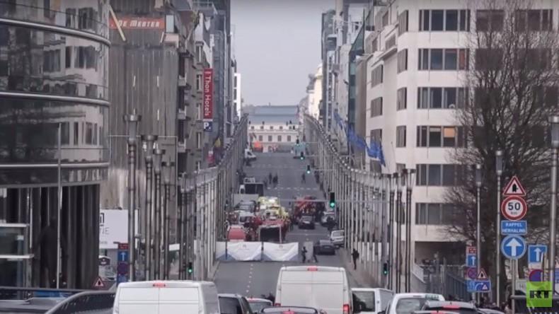LIVE aus Brüssel: Maalbeek Metrostation, Gedenken am Place de la Bourse, ein Tag nach dem Anschlag