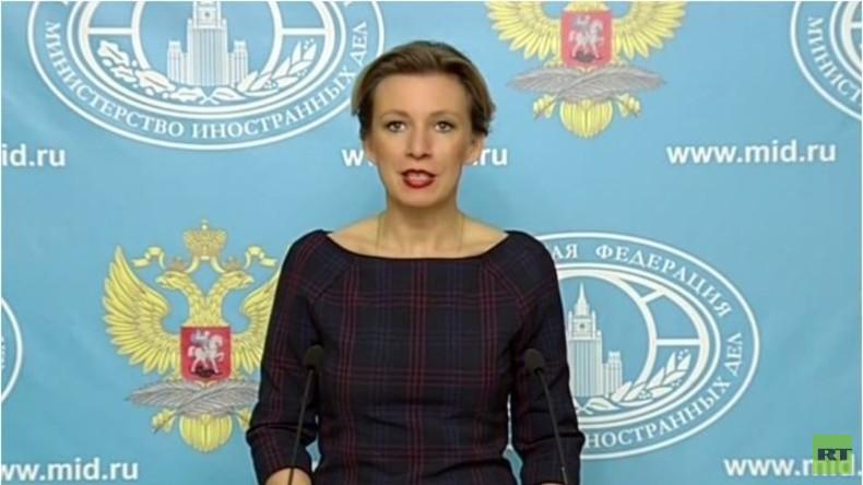 Live: Wöchentliches Pressebriefing Maria Sacharowas in Moskau - englische Übersetzung