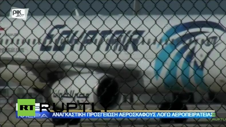 Live vom Flughafen in Larnaka auf Zypern auf dem entführte Passagiermaschine gelandet ist