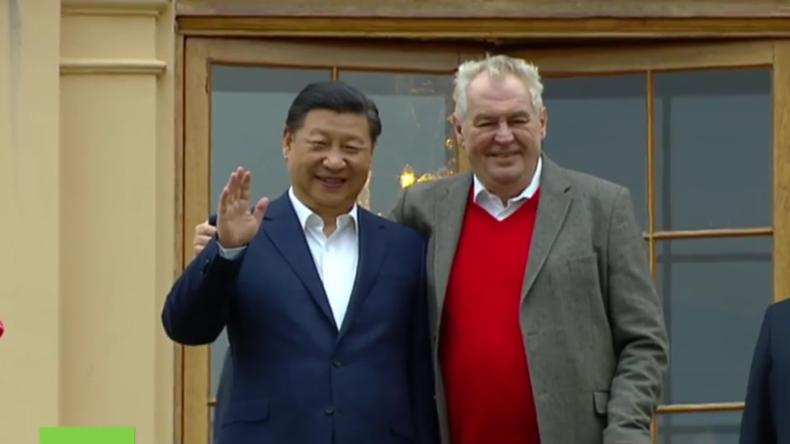 Live: Chinas Präsident Xi Jinping und der tschechische Präsident Zeman geben Pressekonferenz