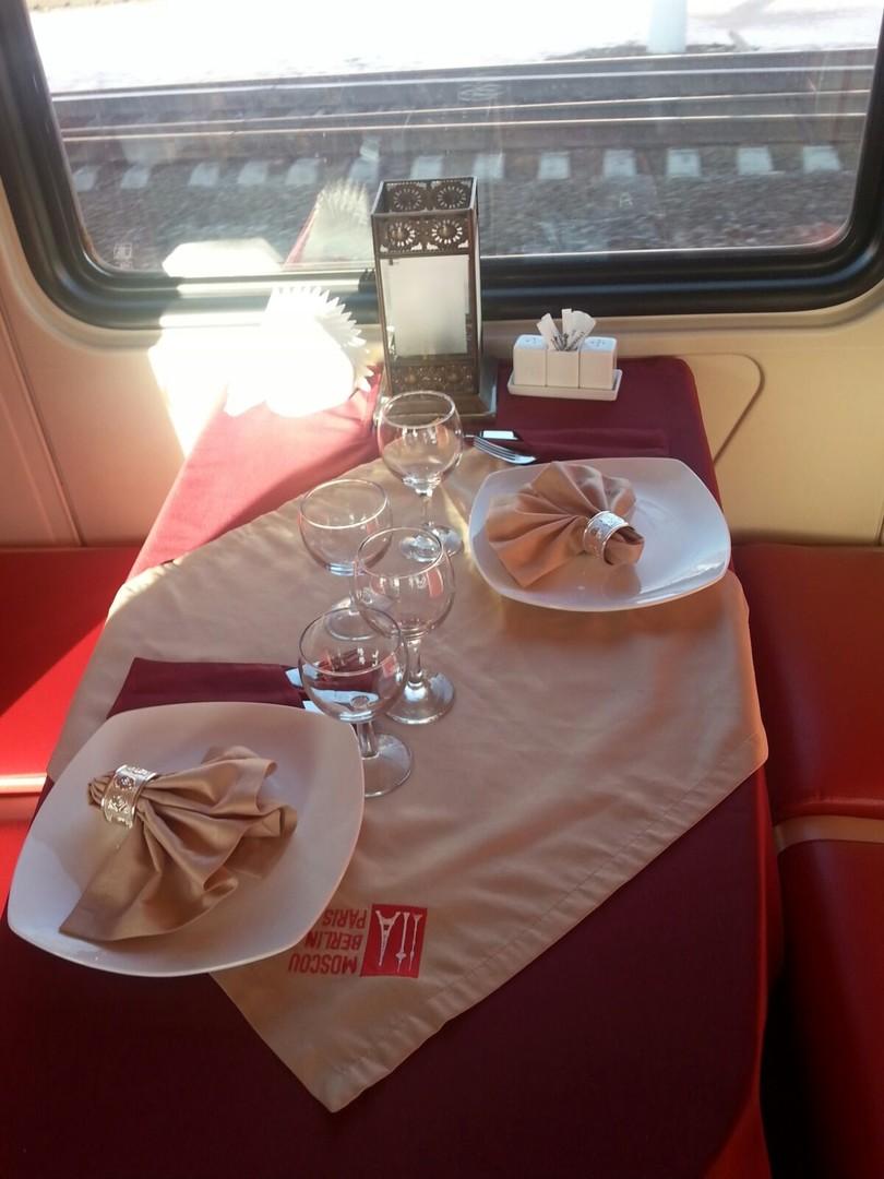 Der Speisewagen in unserem Zug von Berlin nach Moskau