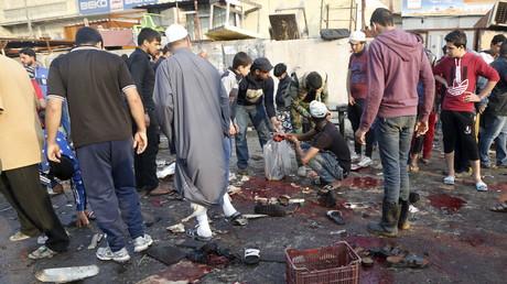 Selbstmordattentat auf einen Gemüsemarkt im Sadr-Viertel von Bagdad am 28. Februar 2015. Dabei starben 24 Menschen, über 60 wurden verwundet.