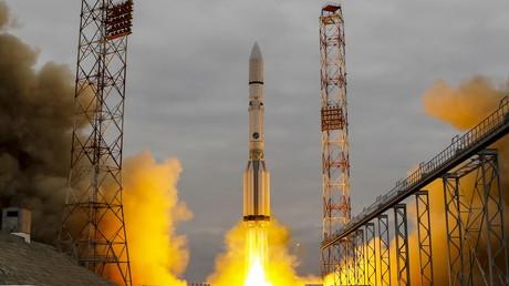 Start der Proton-M-Rakete im kasachischen Baikonur