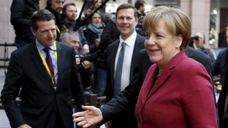 Angela Merkels Ankunft beim zweitägigen EU-Gipfel in Brüssel