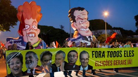 Gezielte Verhöhnung auf Brasiliens Straßen: Proteste gegen Präsidentin Dilma Rousseff