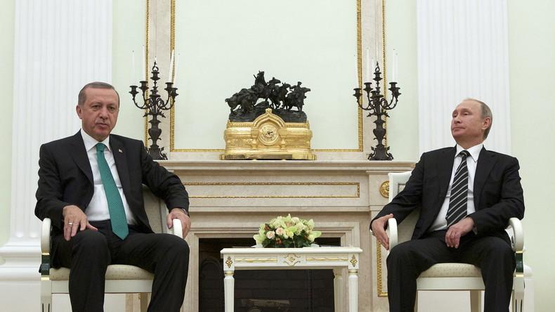 """""""Ankara wird seine Syrienpolitik anpassen und eine Normalisierung mit Russland suchen"""""""