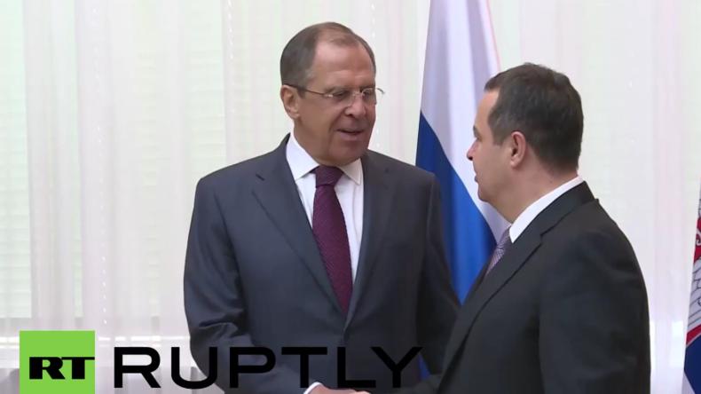 Live: Lawrow hält gemeinsame Pressekonferenz mit dem serbischen Außenminister Dacic