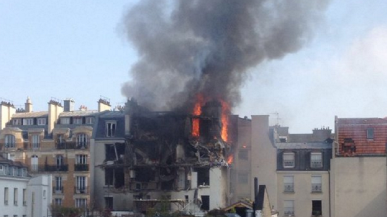 Explosion in Paris