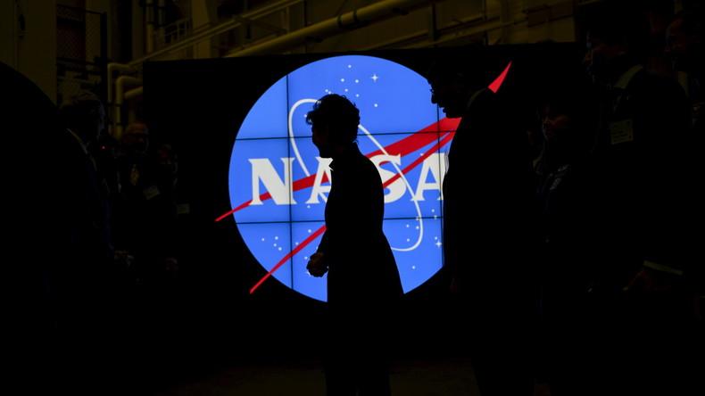 """""""Inkonsequenz bei Abstimmung von Ideen und politische Querelen"""" - NASA verliert Führung im Weltraum"""