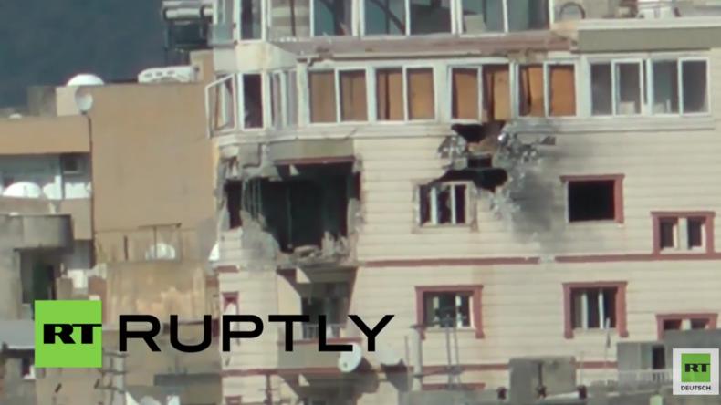 Türkische Armee nimmt Kurden-Hochburg Nusaybin erneut schwer unter Beschuss