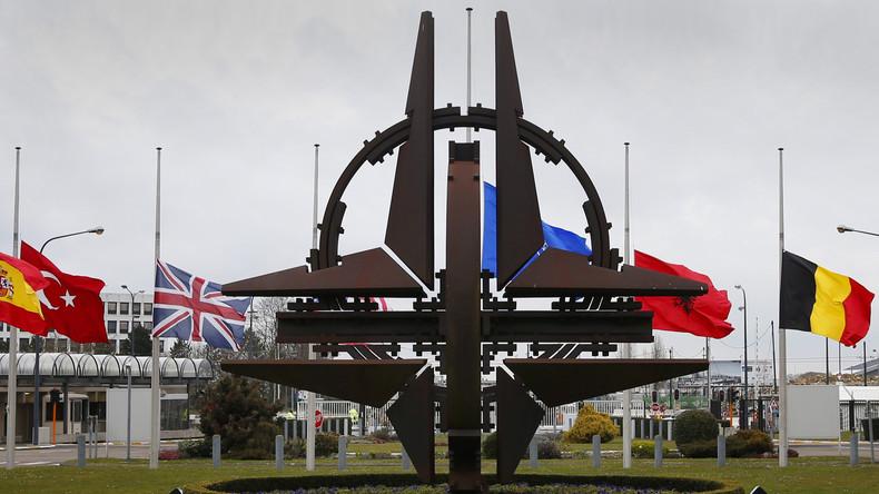 """""""Zeit für die Rente, NATO!"""" - Vor 67 Jahren wurde das westliche Militärbündnis gegründet"""
