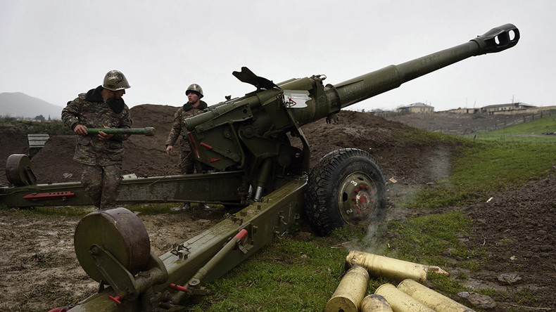 """Bergkarabach: Analysten warnen vor Ausweitung des Konfliktes zu """"richtigem Krieg"""""""
