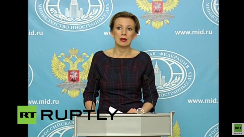 Live: Maria Sacharowa gibt Pressekonferenz in Moskau - englische Übersetzung