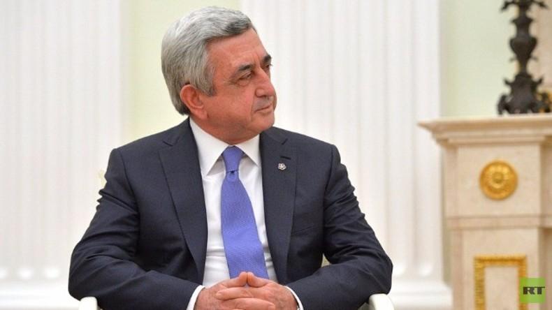 Live: Merkel und Armeniens Präsident zu Bergkarabach-Konflikt in Berlin - Pressekonferenz