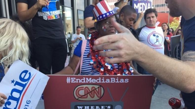 Protest gegen CNN: TV-Kanal gibt Hillary Clinton doppelt soviel Sendezeit wie Sanders