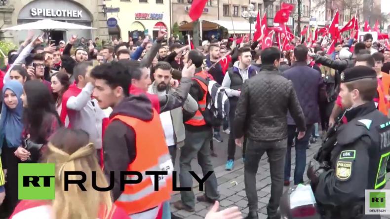 Nürnberg: Zusammenstöße und Verhaftungen bei Demonstrationen türkischer Nationalisten