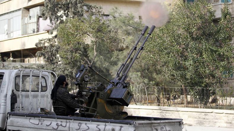 Syrien: Al-Nusra zieht 10.000 Kämpfer um Aleppo zusammen - Versorgung erfolgt via Türkei