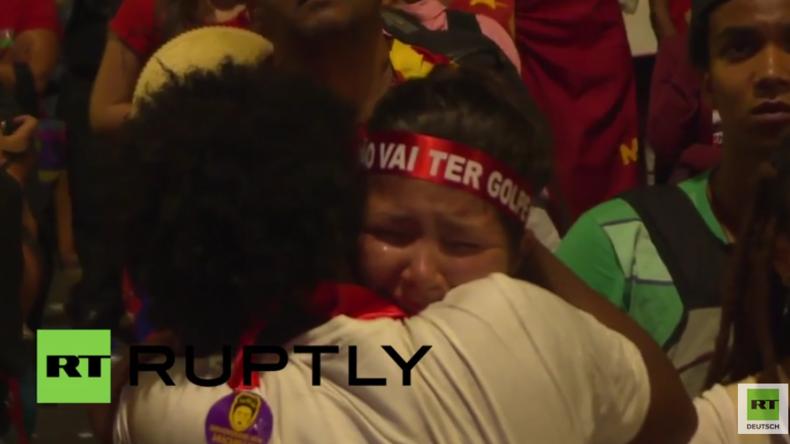 Brasilien: Dutzende weinen nach Kongress-Abstimmung für Amtsenthebung Dilma Rousseffs