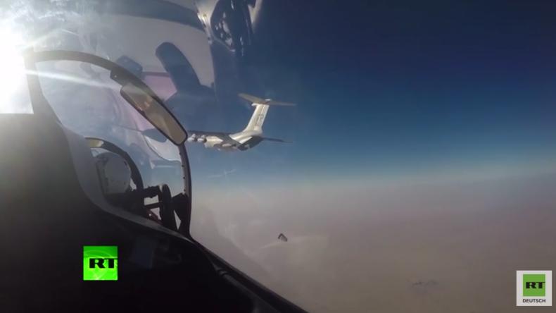 Russische Su-30-Jets begleiten WFP-Hilfslieferungen zu IS-belagerter Stadt in Syrien