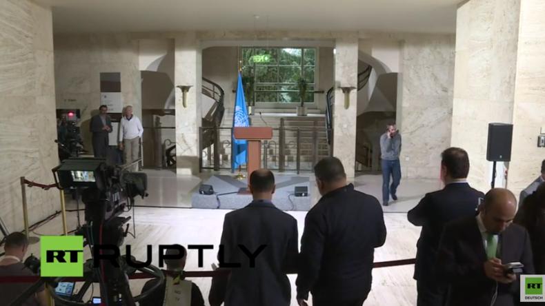 Live: Leiter der Saudi-gestützten Oppositionsgruppe gibt Pressekonferenz nach Syrien-Gesprächen