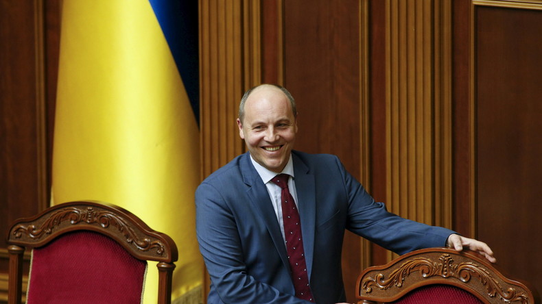 Andrij Parubij freut sich über seinen neuen Posten als Parlamentspräsident