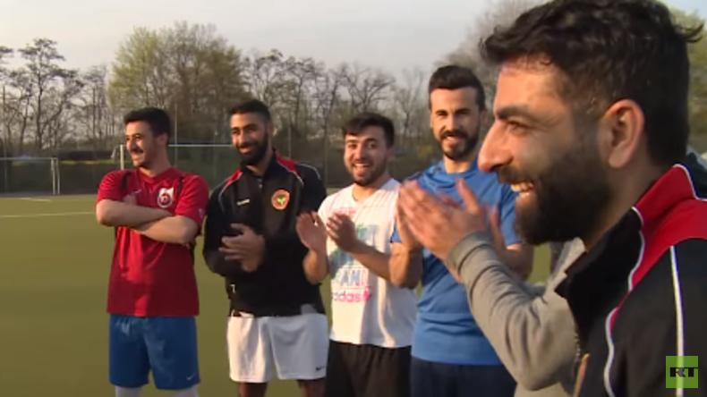 Der FC Amed Berlin: Friedliches Miteinander zwischen Kurden und Türken