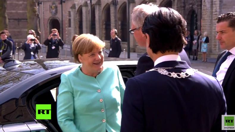 """Friedensbringerin Merkel? RT macht den Faktencheck nach der Medaille für ihr """"Friedensengagement"""""""