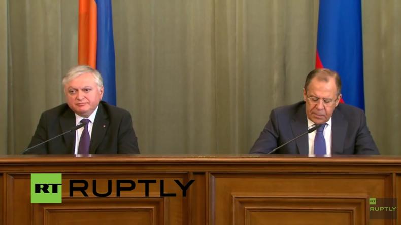 Live: Russlands und Armeniens Außenminister geben gemeinsame Pressekonferenz