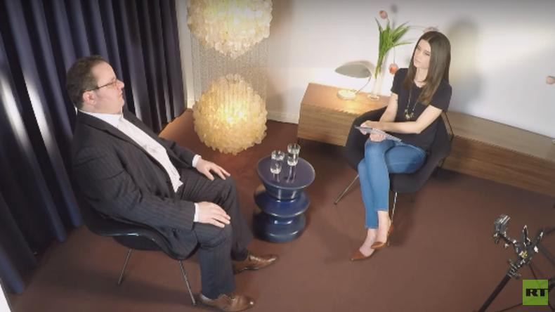 Markus Kompa im RT Deutsch-Interview: Was steckt hinter dem Krieg der Geheimdienste?