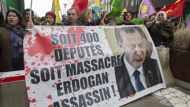 """Jetzt Erdogan selbst wegen Beleidigung angezeigt – Diesmal beruft er sich auf """"Meinungsfreiheit"""""""