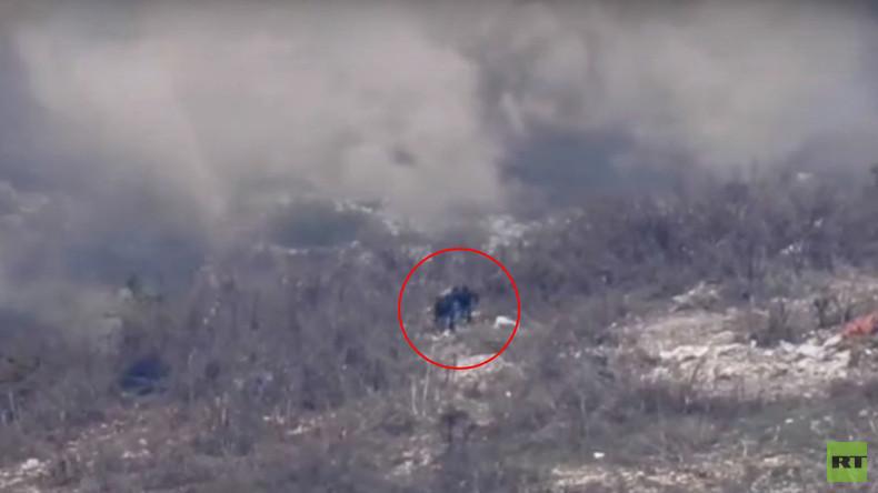 Syrien: Armee vereitelt al-Nusra-Offensive in den Bergen von Latakia (Drohnenvideo)