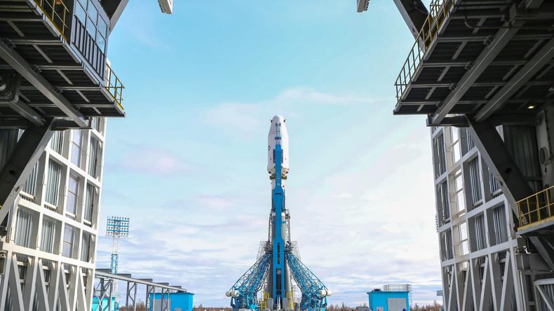 Russland: Einweihung des neuen Kosmodroms Wostotschny mit erfolgreichem Raketenstart
