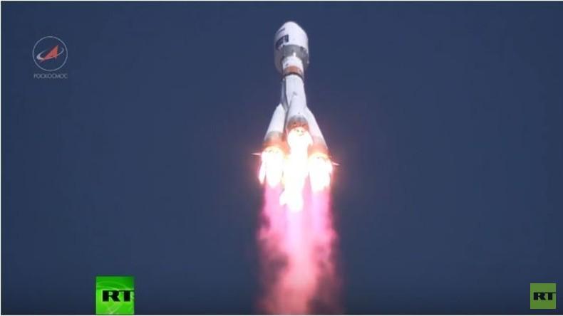 Neues Kosmodrom Wostotschny mit erfolgreichem Raketenstart eingeweiht
