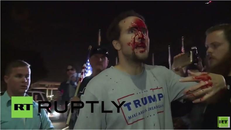 USA: Trump-Fans prügeln sich mit Gegnern und Polizei bei Wahlkampfveranstaltung